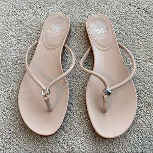 EUC Vince Camuto sandals